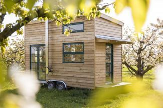 winzig wohnen im tiny house sonntagsblatt 360 grad evangelisch. Black Bedroom Furniture Sets. Home Design Ideas