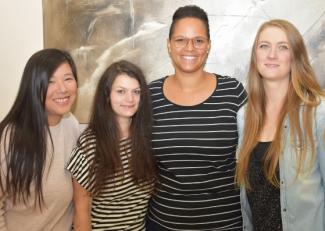 Regensburg Mütter Spenden Ihre Haare Für Perücken Sonntagsblatt