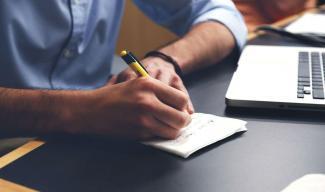 Seelsorge Per Post Wie Briefe Schreiben Menschen Helfen Kann