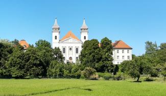 Kloster Schlehdorf Oberbayern Front