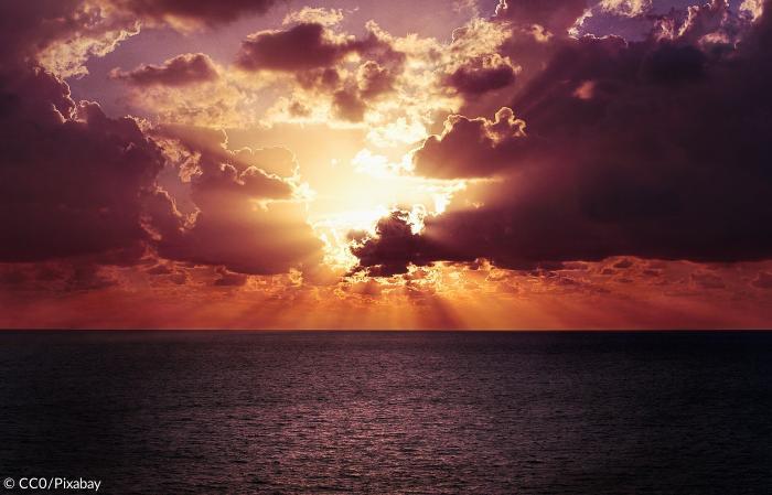 Was Sagt Die Bibel über Licht Und Finsternis